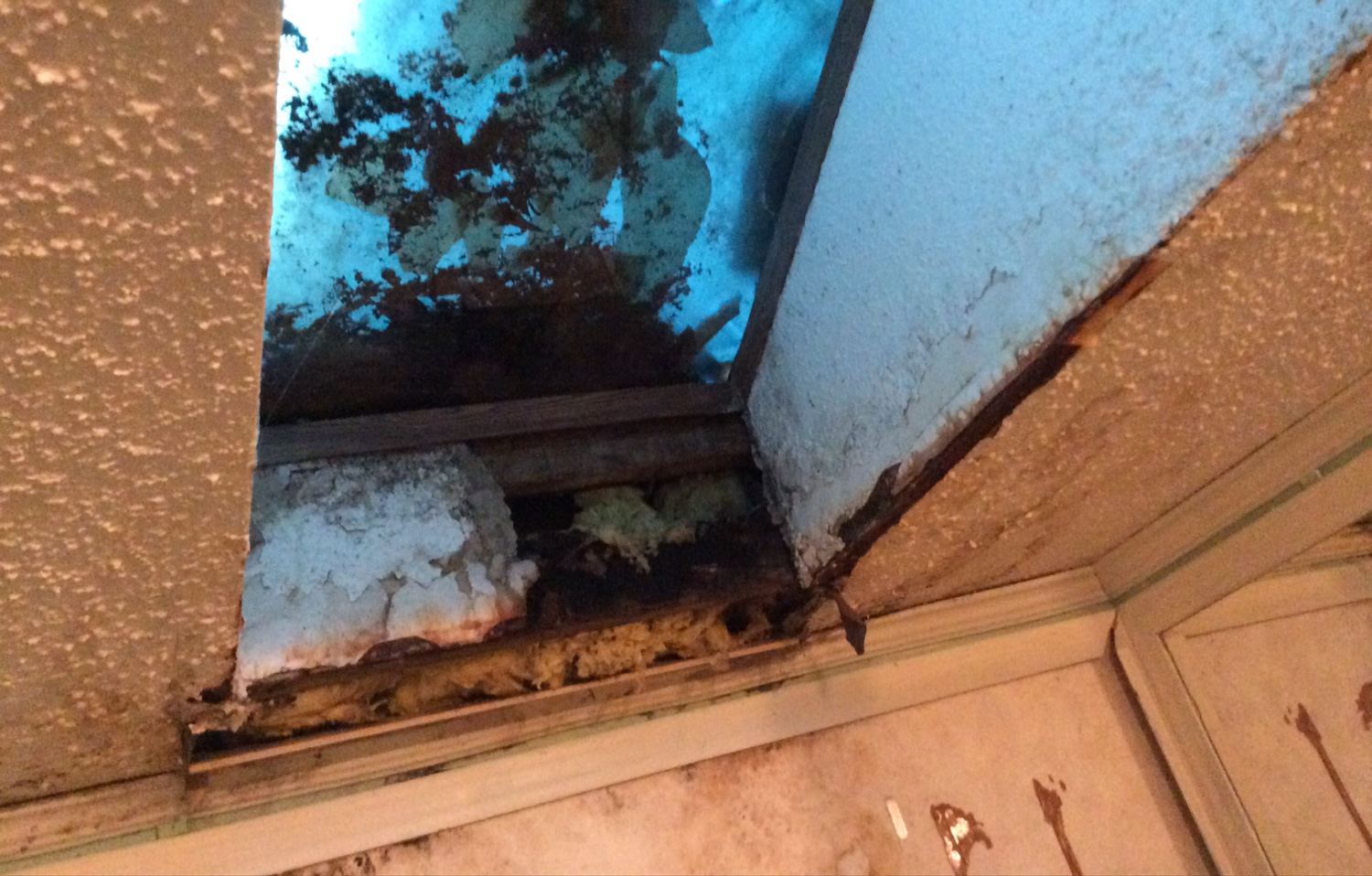A Skylight Replacement By Caldwell S Roofing